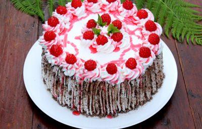 tort cu zmeura
