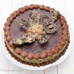 Tort cu alune si ciocolata
