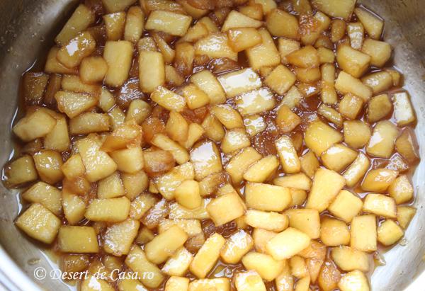 budinca de orez cu mere foto