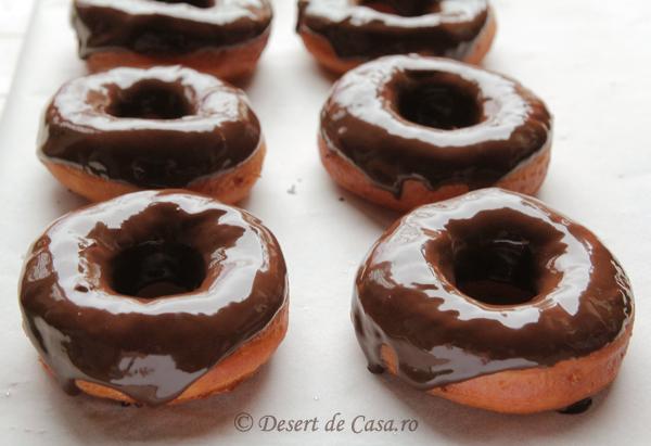 gogosi cu ciocolata 11