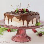 Tort de inghetata cu cirese si ciocolata