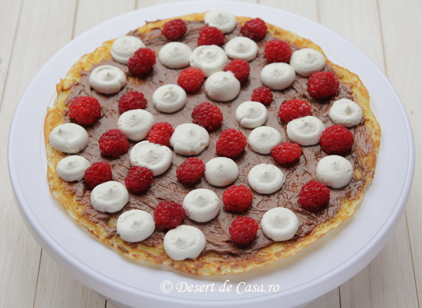 tort clatite cu ciocolata si meura (3)