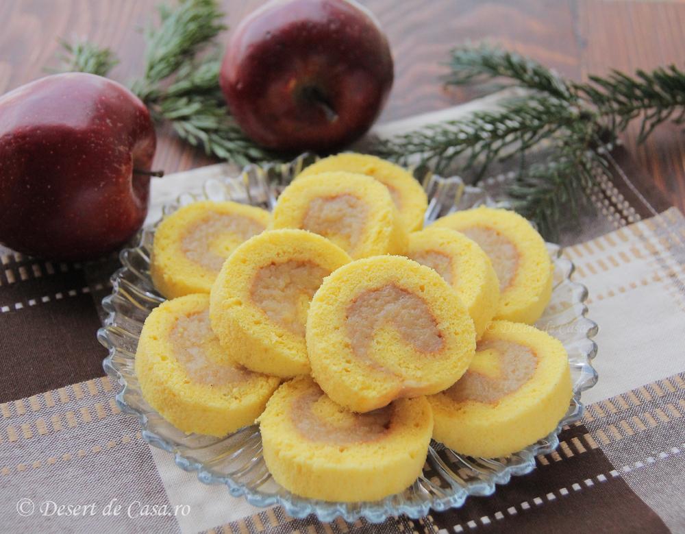 rulada pufoasa cu mere