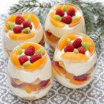 Tiramisu cu fructe la pahar