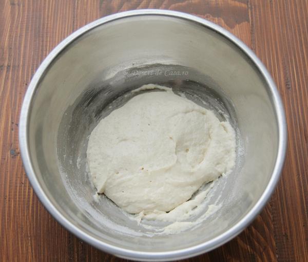 melcisori cu branza dulce si stafide (2)